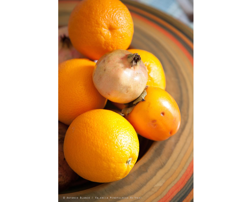 Oranges are your bed and breakfast's favorite fresh fruits. Nice!