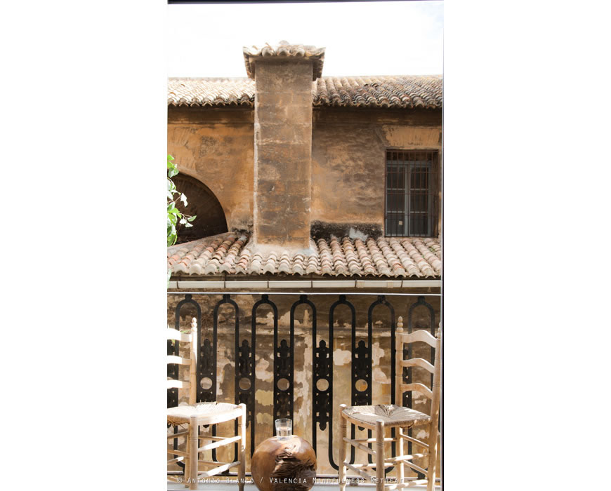 Roman Churh at your sunny balcony around the corner from central Cathedral.